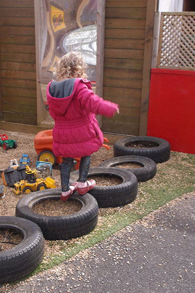 playing on tyres